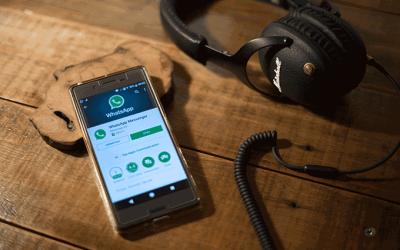 WhatsApp limita reenvios de mensagens a cinco contatos