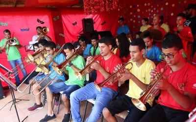 """Assistência Social promove """"II Carnabanda"""" e resgata músicas das antigas festas carnavalescas"""