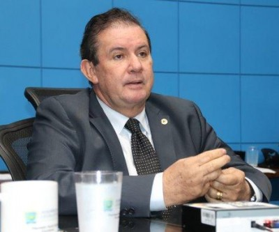 Deputado Eduardo Rocha solicita convênio para pavimentação asfáltica em Amambai