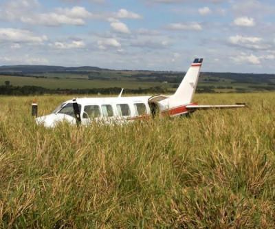 Avião que caiu com Huck e Angélica voava com peça invertida