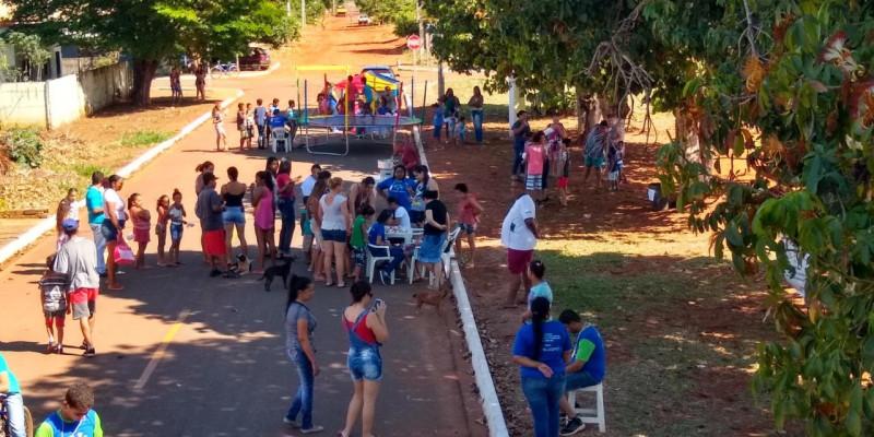 Comemoração do Dia das Crianças em Selvíria (MS) resgata a tradição das brincadeiras