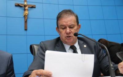 Eduardo Rocha solicita a instalação de semáforos em Aparecida do Taboado