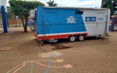 Equipe do Castramóvel desloca-se do Distrito de Garcias para a escola do Bairro Vila Alegre