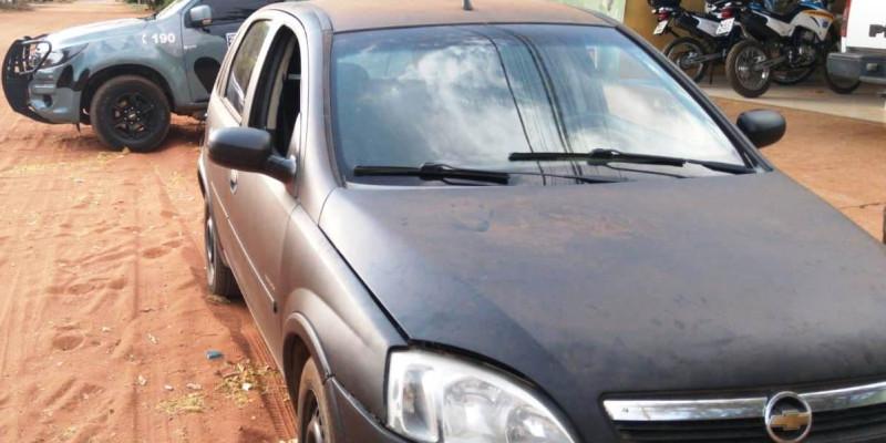 Polícia Militar recupera veículo furtado no Estado de SP após abordagem em Três Lagoas