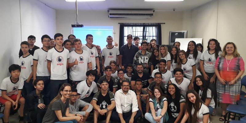 Unimed Andradina e Fundação Educacional promovem palestra sobre Combate ao Fumo