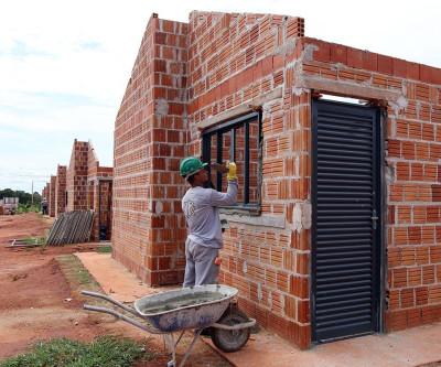 """Segunda etapa do """"Lote Urbanizado"""" segue com obras avançadas"""
