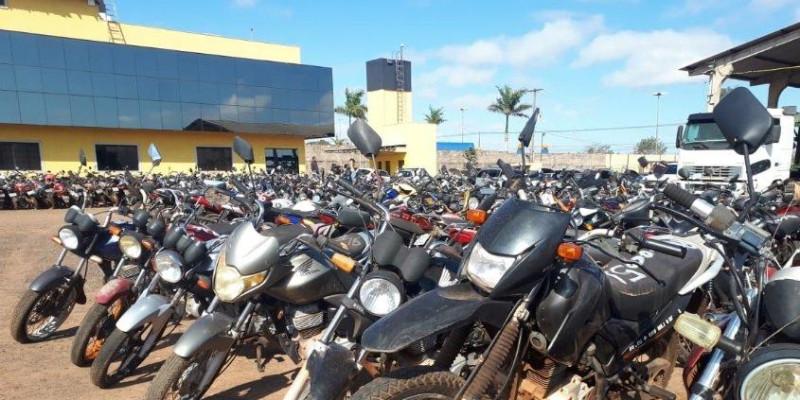 Com lances a partir de R$ 404, mais de 400 veículos são leiloados pelo Detran-MS