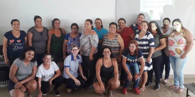 Cozinheiras dos SCFVs da Assistência Social participam de um dia de capacitação