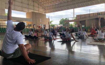 Mais de 50 trabalhadores participam de Aula de Yoga gratuita na Lagoa Maior