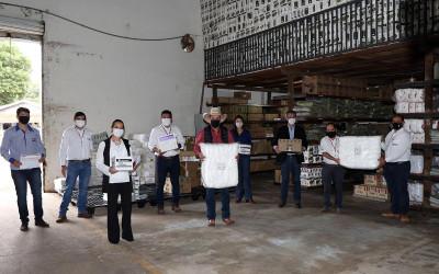 Prefeitura recebe doação de mais de 11 mil itens de proteção individual da Júlio Simões Logística