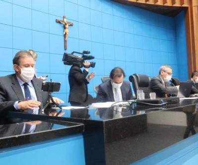 Eduardo Rocha apoia, articula com governo e abono salarial é prorrogado até 31 de dezembro de 2021