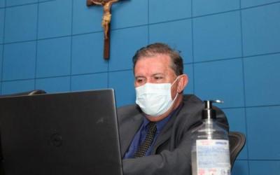 Eduardo Rocha se soma a pedido para incluir supermercadistas e imprensa em prioridade de vacinação