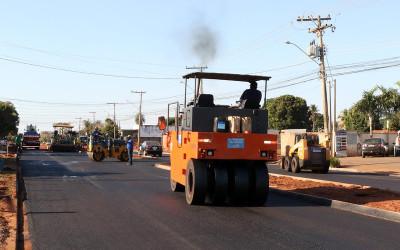 Avenida João Thomes e trechos do bairro Vila Alegre recebem terraplanagem e pavimentação