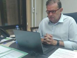 Eduardo Rocha dá parecer favorável ao projeto que reduz ICMS da luz em período de escassez