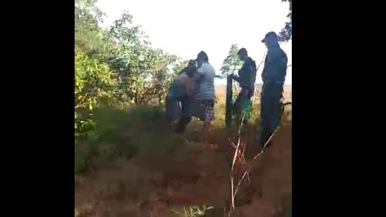 Mulher é resgatada durante tortura em tribunal do crime de facção criminosa