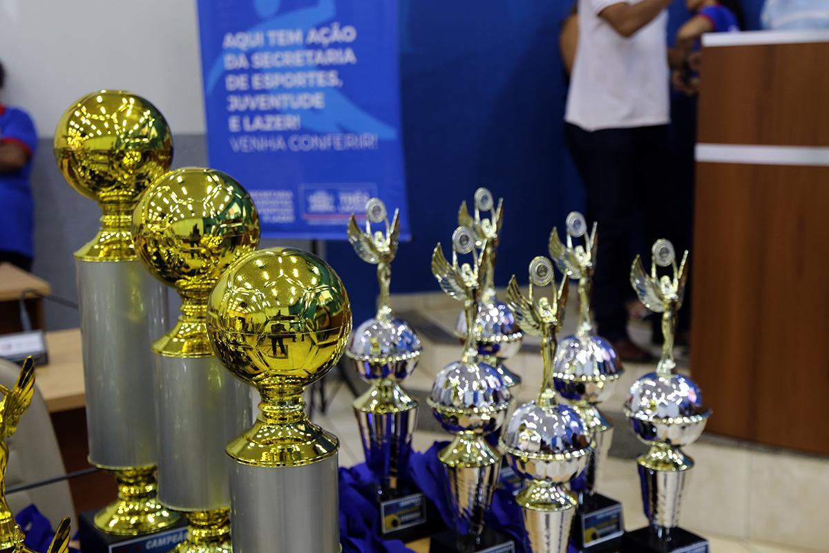 SEJUVEL entrega troféus aos campeões dos Jogos Escolares Três-lagoenses 2019, na terça-feira (10)