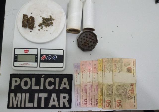 Dupla é presa com drogas em festa clandestina cheia de adolescentes
